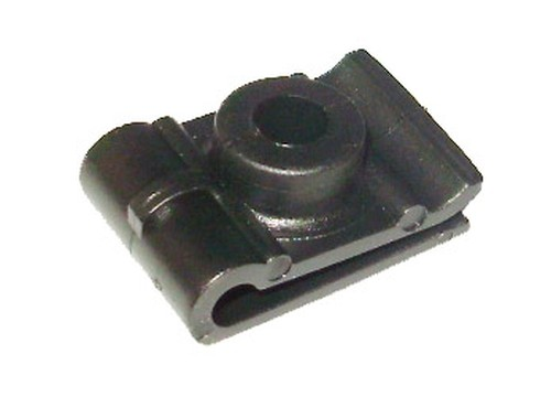 Kerékjárati dobbetét rögzítő patent 16x23x6,3 fekete, 10 db/csomag Mitsubishi