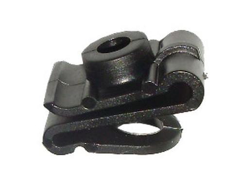 Kerékjárati dobbetét rögzítő patent 15,6x24x6,3 fekete, 10 db/csomag Mitsubishi