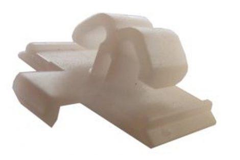 Díszlécrögzítő patent 20x14x7,9x10x6 fehér, 10 db/csomag Volkswagen Seat Audi Skoda